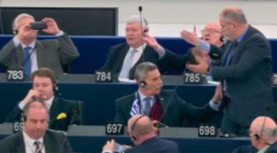 'Turks are barbaric & dirty': Greek MEP booted out of plenary for insults (VIDEO)