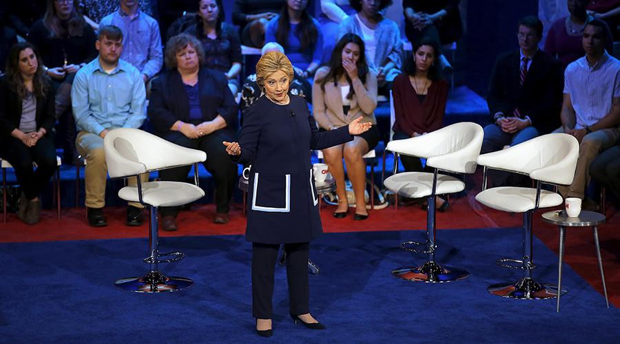 Communists ask Putin to slap sanctions on Hillary Clinton over Yaroshenko case