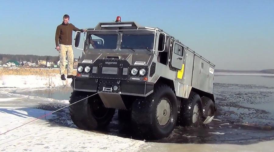 Amphibious 6-wheel Burlak: Future North Pole conqueror to rough it in Kara Sea (VIDEO)