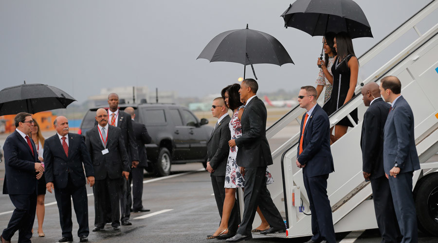 Dozens of protesters arrested as Obama lands in Cuba for 'historic visit' (VIDEO)