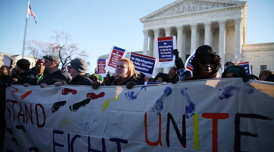 Deadlocked Supreme Court ruling sides with public-sector unions