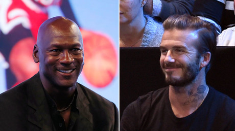 Former basketball player Michael Jordan (L) and British soccer player David Beckham (R). © Reuters