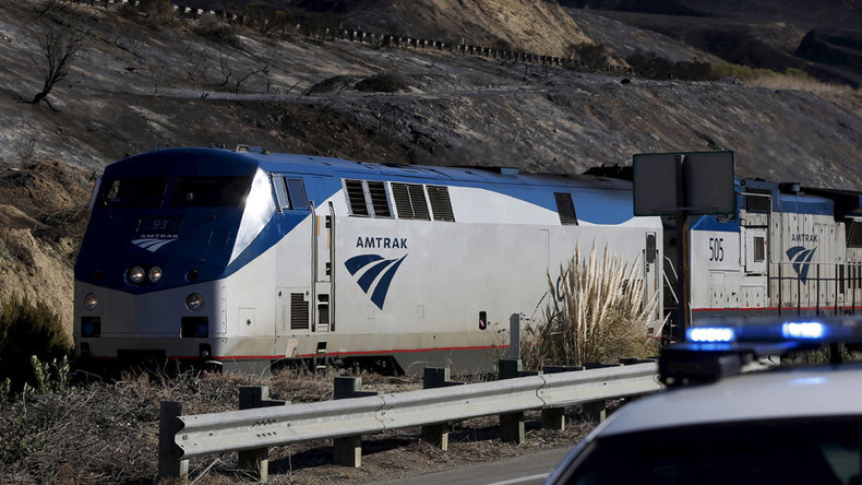 2 killed in Amtrak train crash near Philadelphia, service suspended