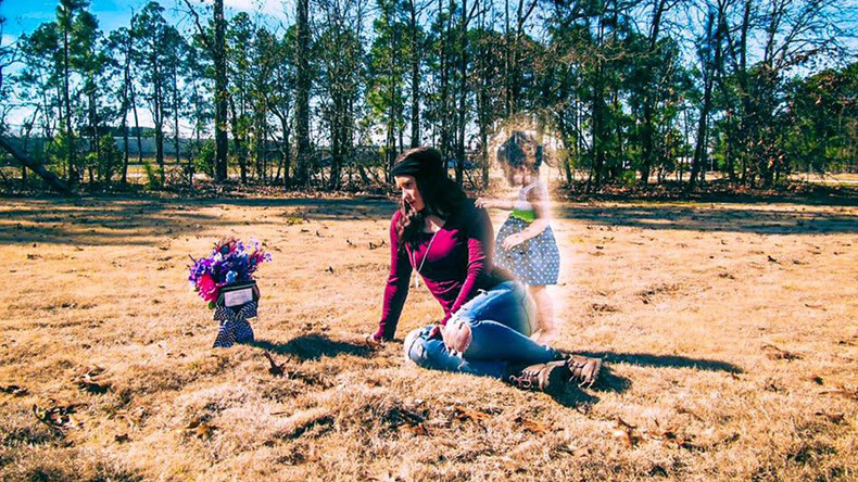 'Soldier mom' who posed in ghostly photoshoot charged with murder of 2yo daughter