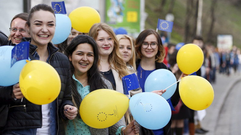 Ukraine's EU bid: Dutch PM says 'ratification can't go ahead' as Kiev says 'nothing has changed'