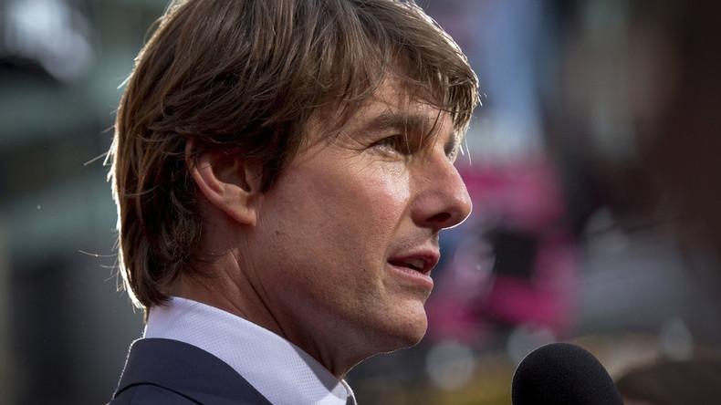 Tom Cruise moving into Scientology's UK base