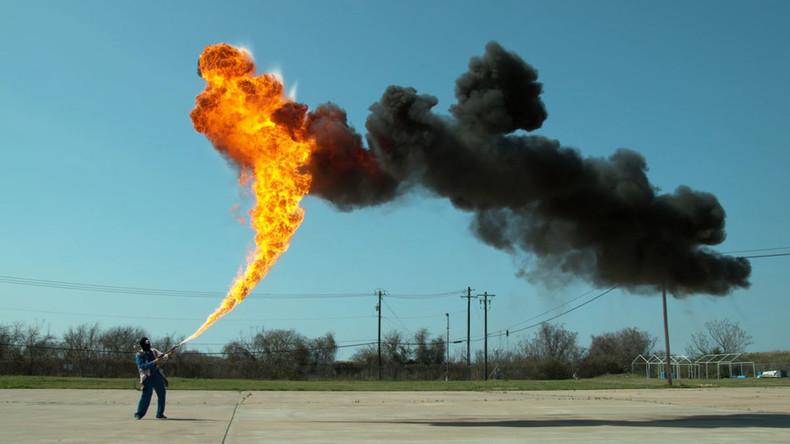 Bring the heat: Flamethrower shoots 50ft fireball skyward in super slowmo (VIDEO)