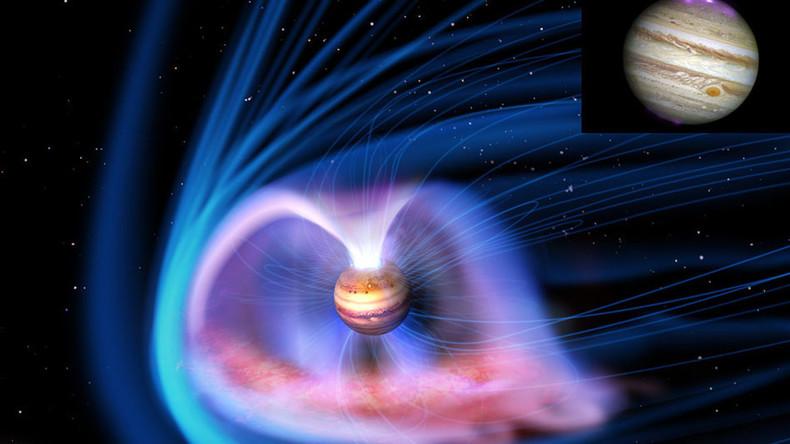 Spectacular image shows Jupiter's magnificent auroras (PICTURE)