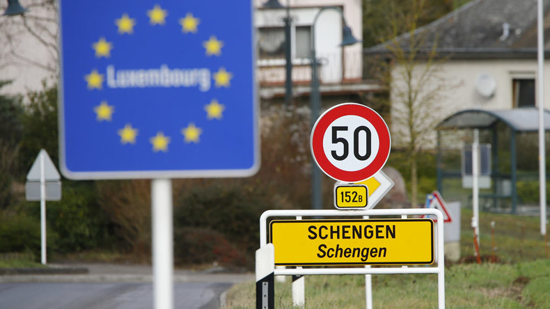 French, Germans & Italians overwhelmingly in favor of abandoning border-free Europe – poll