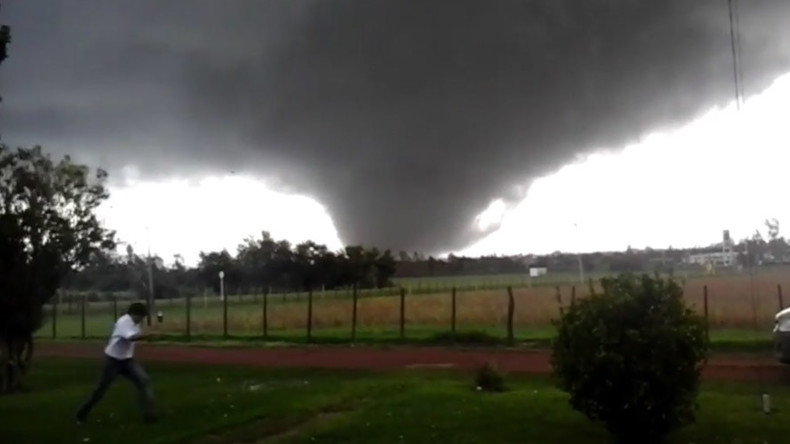 Deadly twister sweeps through Uruguayan city, killing four and injuring hundreds (VIDEO)