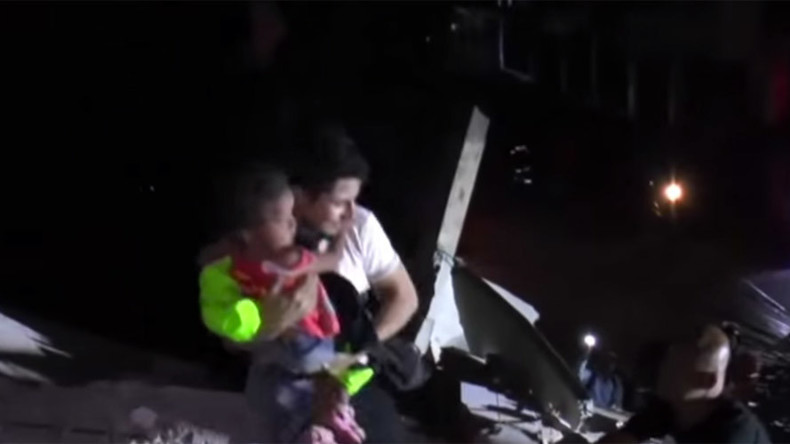 Children pulled from rubble in Ecuador rescue op, quake death toll reaches 272 (VIDEO)