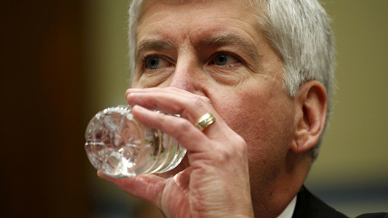 Michigan Governor to drink filtered Flint water for 30 days