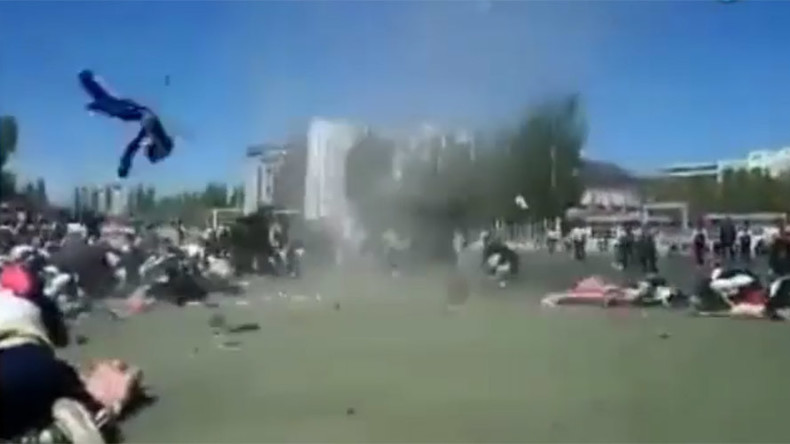 'Dust devil' twister sucks in Chinese schoolboy (VIDEO, PHOTO)