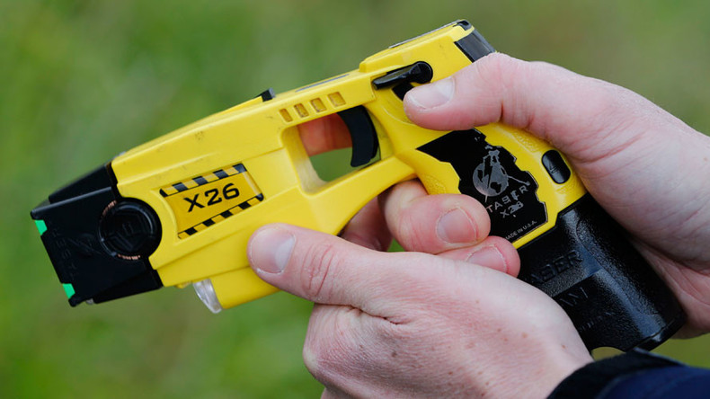 Tasing children: UK cops used stun gun on 407 minors despite UN warning