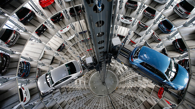 Volkswagen to pay top brass over $70m despite 'dieselgate'