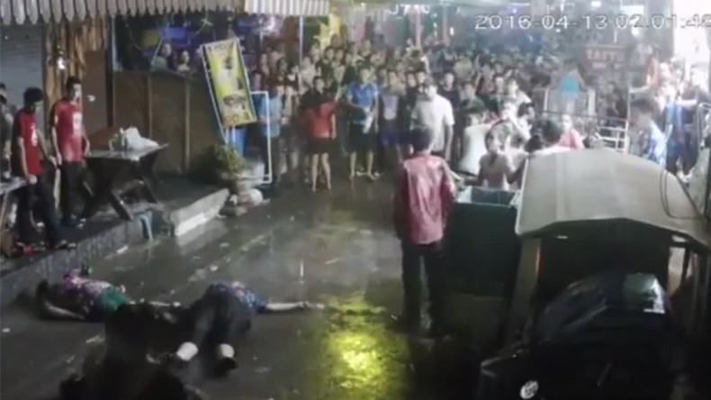 British family brutally attacked while on vacation in Thailand (VIDEO)