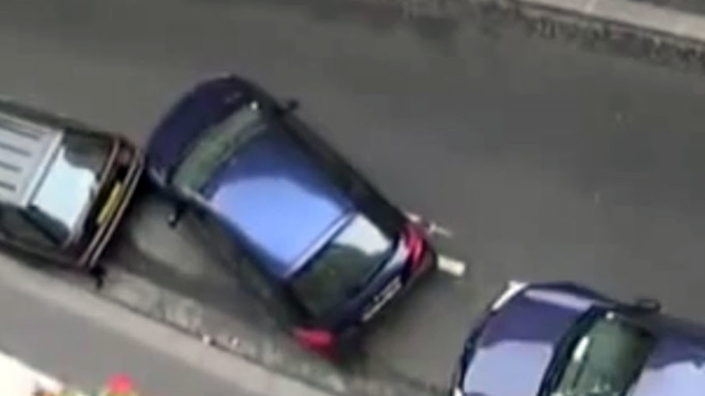 Park life: Daily parking geniuses demonstrate mad skills (VIDEO)