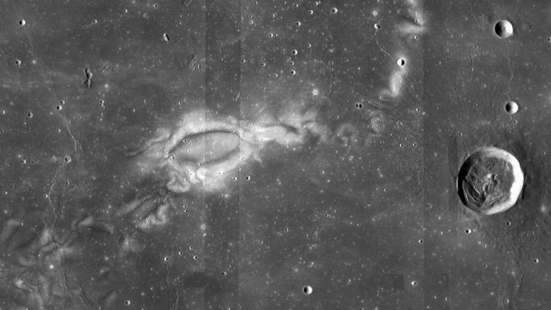 Tattooed moon: NASA gains new insight on mysterious 'lunar swirls' (PHOTO)