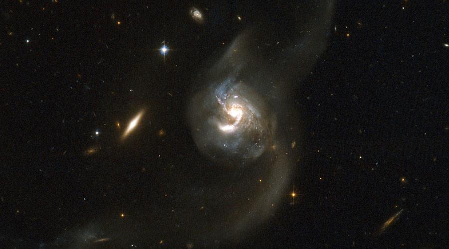 Hawking & Milner to send interstellar craft to Alpha Centauri 'within a generation'