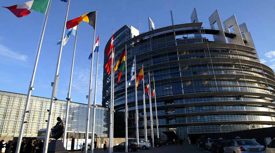 Poland's 'paralysis' of top court is 'danger to democracy' – European Parliament