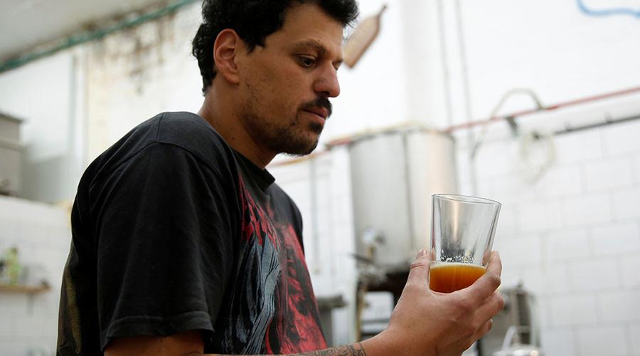 Biblical beer: Brewers recreate 2,000yo recipe using genetic sample