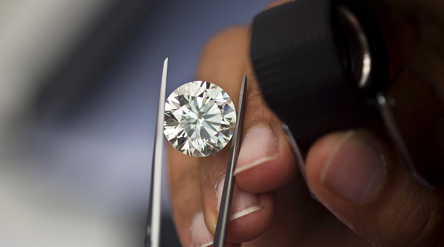 Embezzlement scandal rocks Israel's diamond exchange