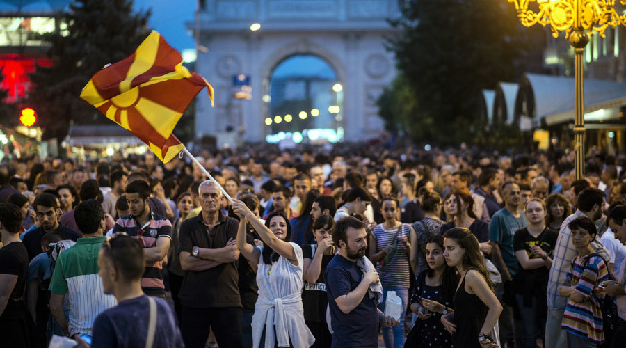 Macedonia protesters denounce amnesty for officials accused of wiretapping, vote fraud & corruption