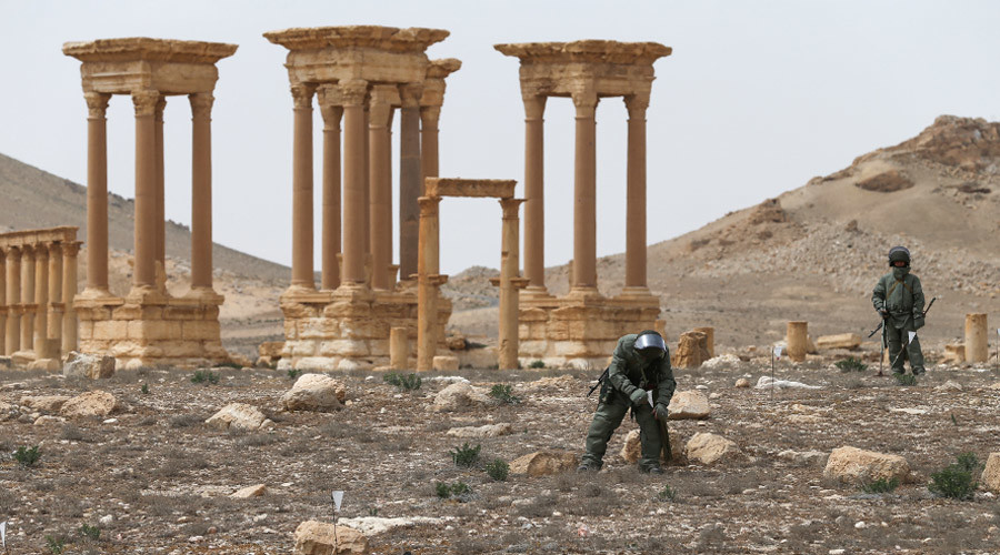 ISIS bomb cache in Palmyra: Russian sappers unearth depot with 12,000 explosive devices