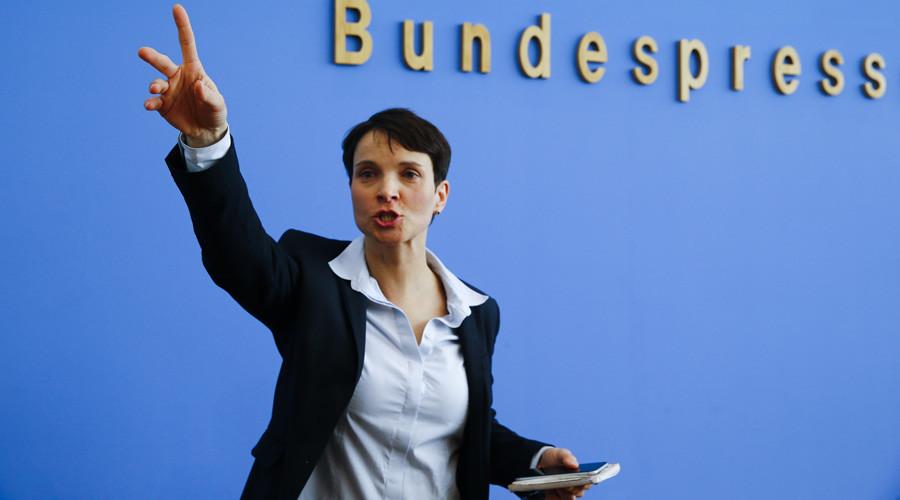 Far-right German party cuts circumcision ban from Islamophobic, anti-Semitic platform