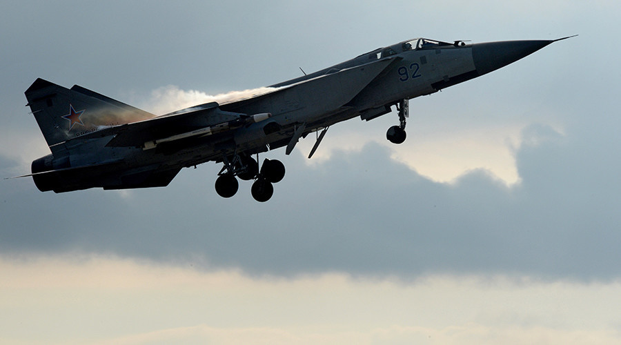 World's fastest jet MiG-31 intercepts US spy plane near Russia's Far East