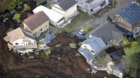 Over 40 killed, 90,000 evacuated as Japan hit by 2 powerful quakes & devastating landslides (PHOTOS)