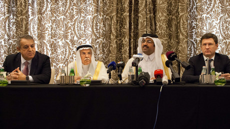 Qatar's Minister of Energy and Industry Mohammed Saleh al-Sada (C), Saudi Arabia's minister of Oil and Mineral Resources Ali al-Naimi (C-L), Venezuela's minister of petroleum and mining Eulogio Del Pino (L), and Russia's Energy Minister Alexander Novak (C-R). © Olya Morvan