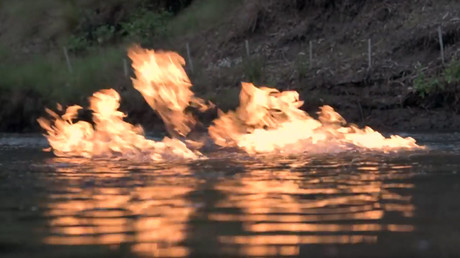 """Bloody crazy"": River near fracking site bursts into flames in Australia (VIDEO)"