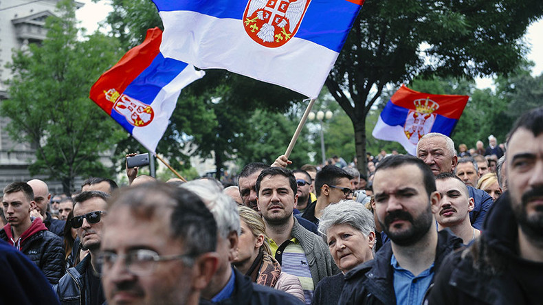 Serbian opposition protests election returns, demands 'every single ballot' be recounted (VIDEO)