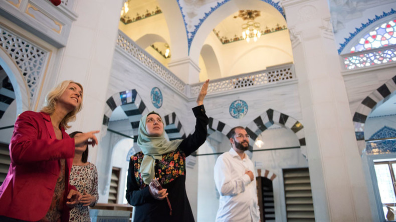 Why can't we be friends? Most Germans don't have any Muslim pals, new poll finds