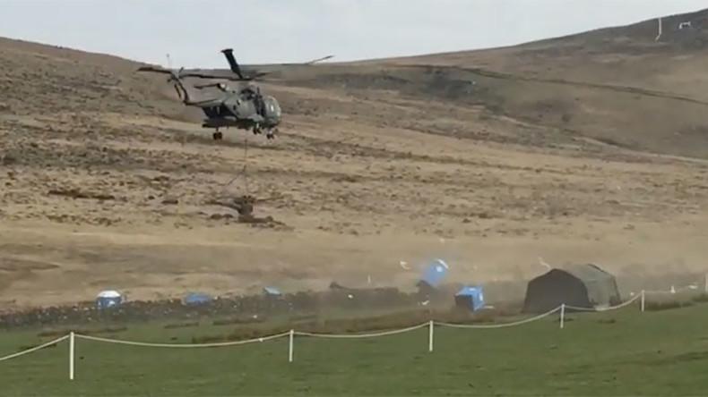 Toilet takedown: Royal Navy helicopter obliterates portaloos (VIDEO)