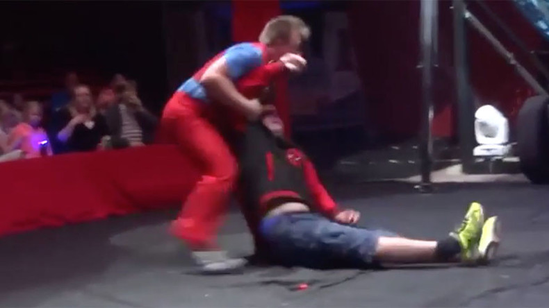 Circus clown stunt gone wrong leaves audience member out cold (VIDEO)