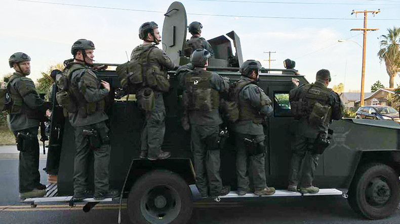 Never-ending 'gun show': US gov't sent $2bn in military gear to cops since '06