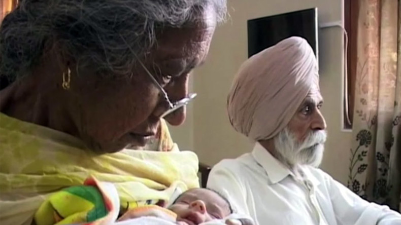 72yo Indian gives birth to her first baby, 20 years after menopause (VIDEO)