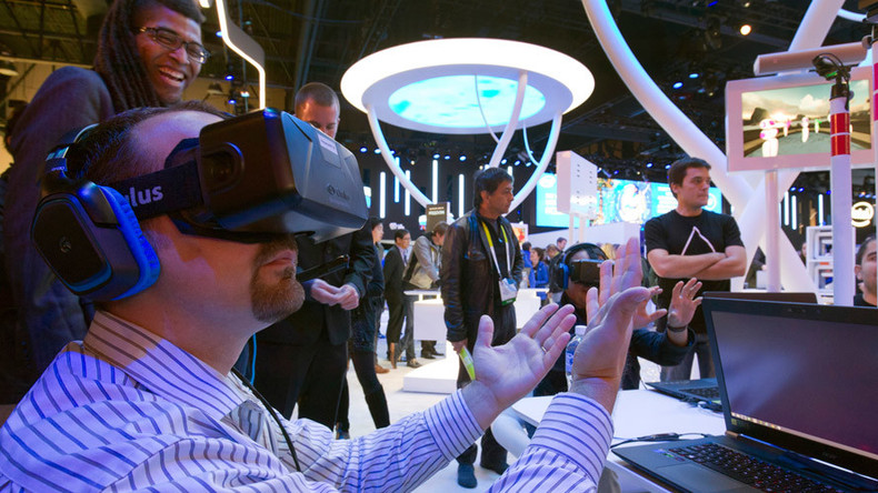 Virtual reality 360-pics to hit your Facebook news feed 'in coming weeks'