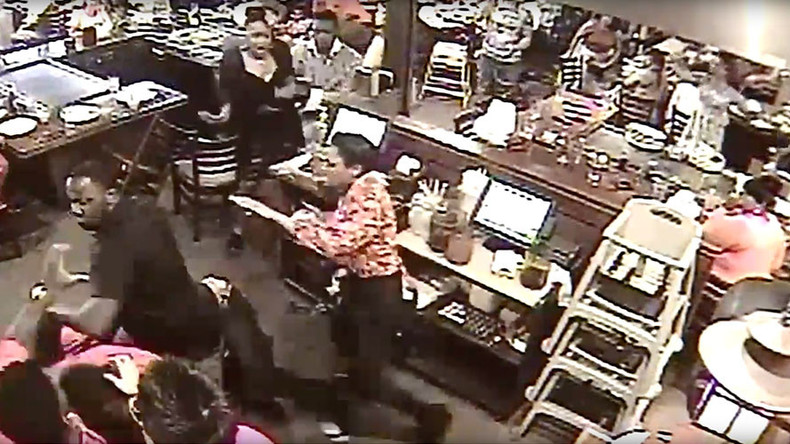 'Smile' sparks wild Mother's Day restaurant brawl between patrons and staff (VIDEO)