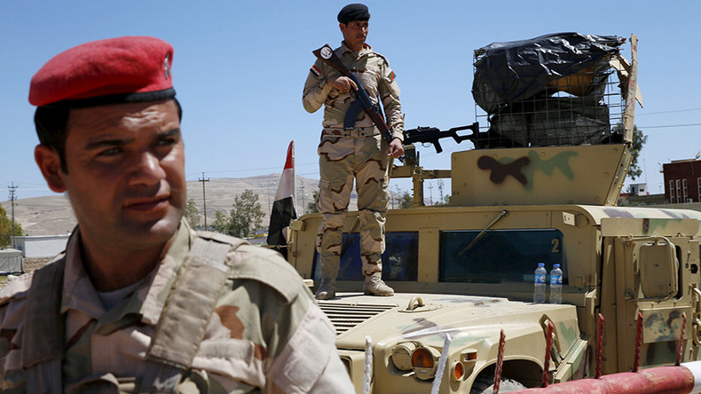 Fallujah civilians told to flee as Iraqi troops prepare to attack ISIS