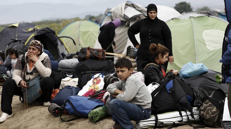 Greece starts clearing Idomeni migrant camp dubbed 'modern Dachau' (VIDEO)