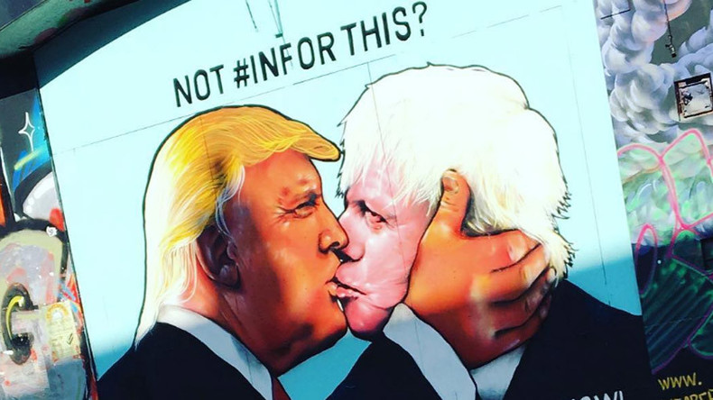'Kiss of death!' Boris & Trump share passionate smooch in pro-EU mural