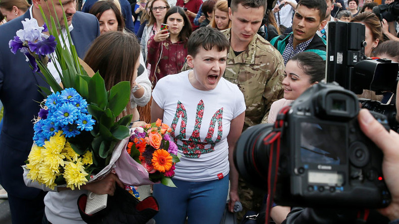 'Poroshenko trying to win PR points with Russia-Ukraine prisoner swap'