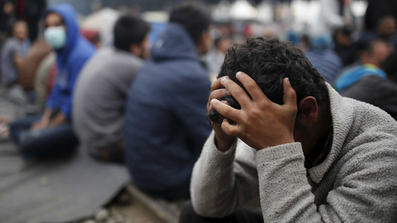 Outrage as Dutch authorities give up to €10k to refugees to 'go shopping'