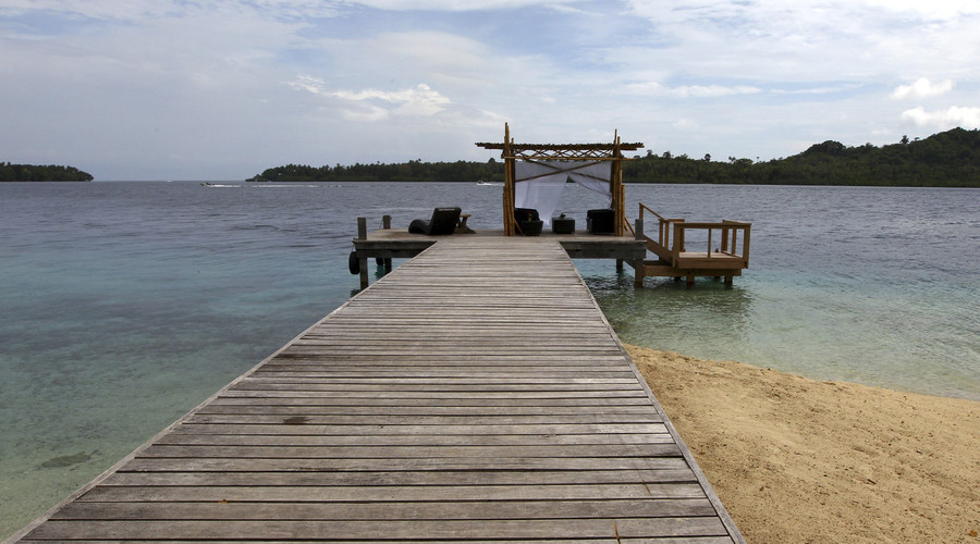 Solomons sinking: Five Pacific reef islands swallowed by rising sea levels
