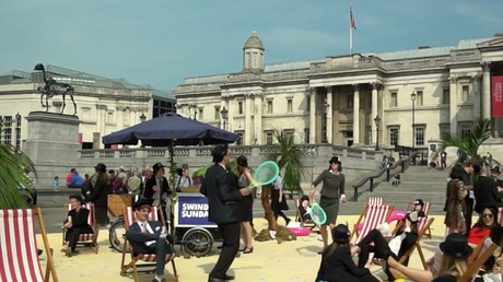 Anti-corruption protesters turn Trafalgar Square into 'tropical tax haven' (VIDEO)
