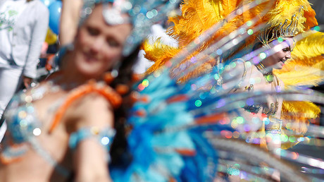 Dancers take part in the Karneval der Kulturen (Carnival of Cultures) street parade of ethnic minorities in Berlin, Germany, May 15, 2016 © Hannibal Hanschke