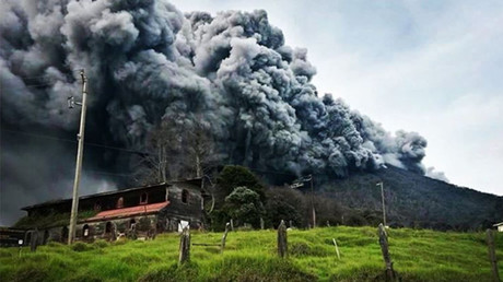 Hell opens? Costa Rica volcano erupts, spewing ash, column of smoke (PHOTOS)